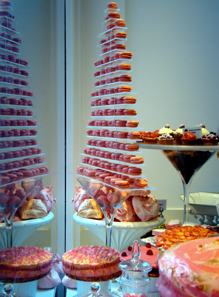 Fait Maison Pink Cake Sale as a part of its fundraising event
